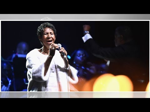 Aretha Franklin's Family Fires Back At Pastor For 'Very, Very Distasteful' Eulogy At Her Funeral