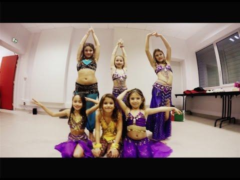 Goûter de Noël du cours de danse orientale enfants de Jala