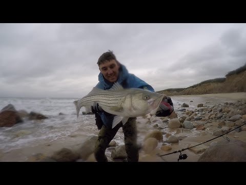Working The White Water. Storm Striped Bass Surf Fishing W/ Bucktails