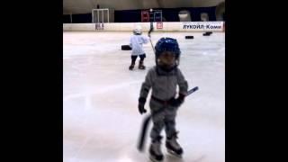 тренировка по хоккею март 2016 (мальчики 4 года)первый год обучения ДЮСШ г.Усинск
