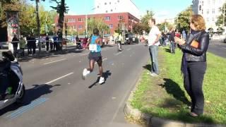 Berlin-marathon 2015 - Kipchoge Loses His Soles