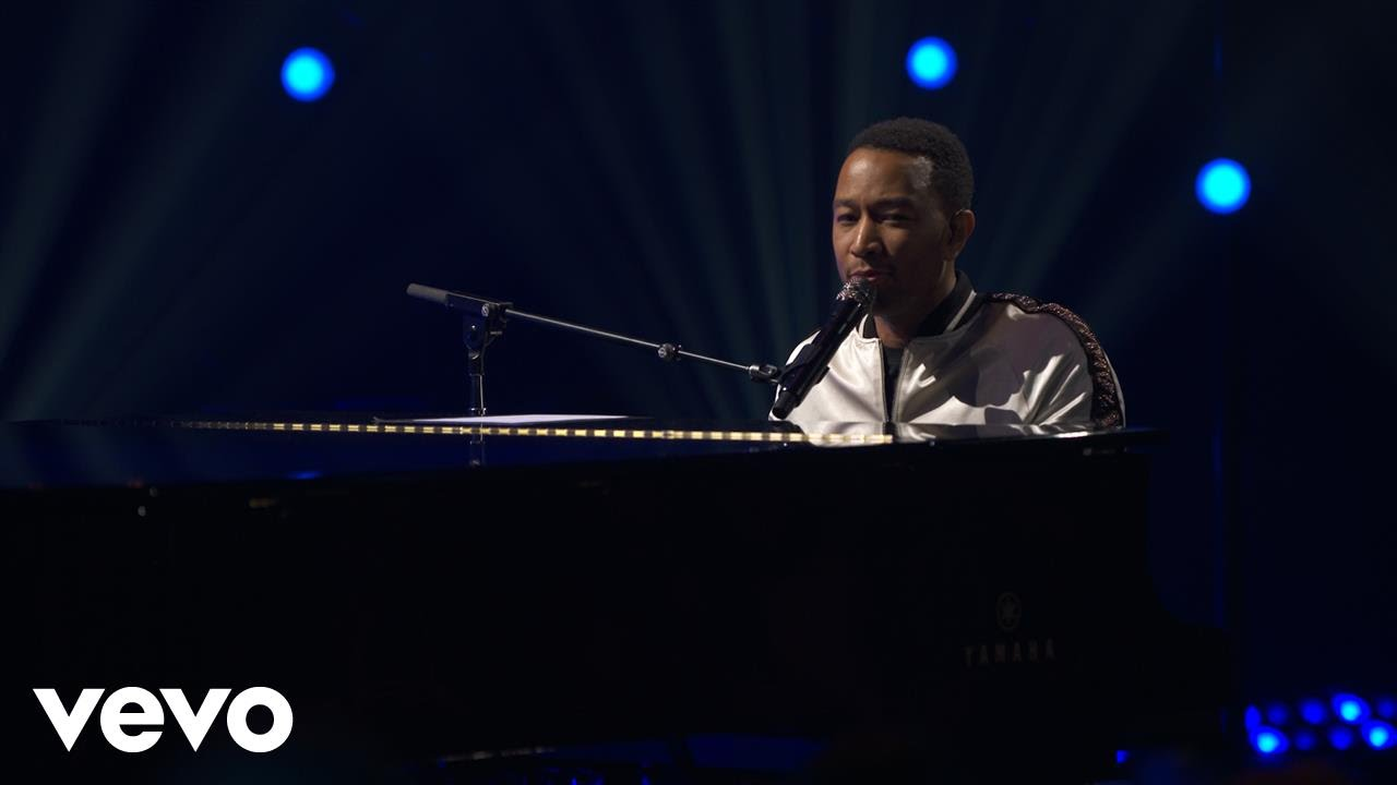 john-legend-all-of-me-live-on-the-honda-stage-at-iheartradio-theater-la-johnlegendvevo