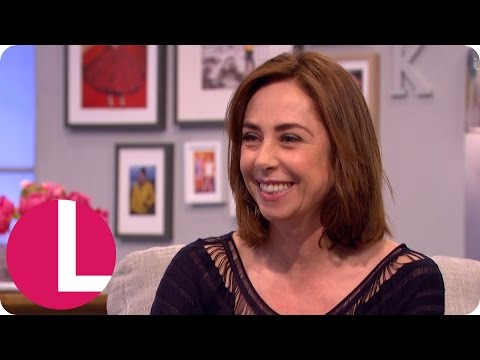 Sofie Gråbøl Was Serenaded by Dennis Quaid With a Ukulele | Lorraine