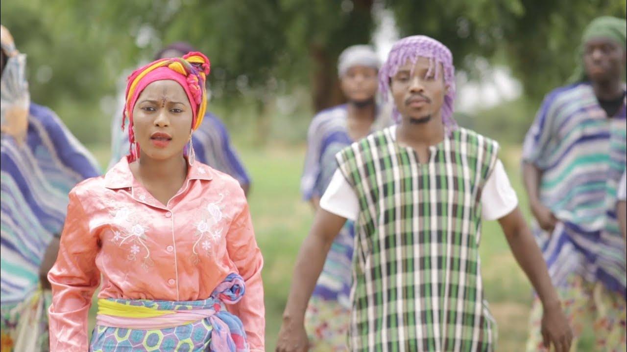 Download Hauwa Kulu - Umar M Shareef X Hassana Muhammad Video 2019