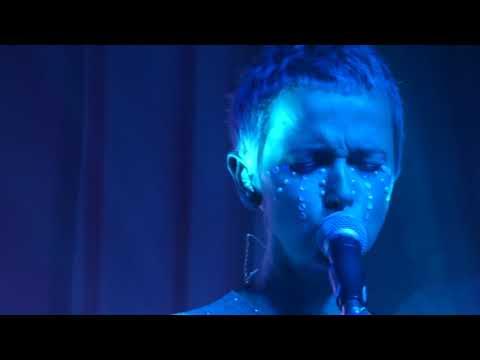 Brodka -Ten live @ Klub Muzyczny B17, Poznań 06.12.17