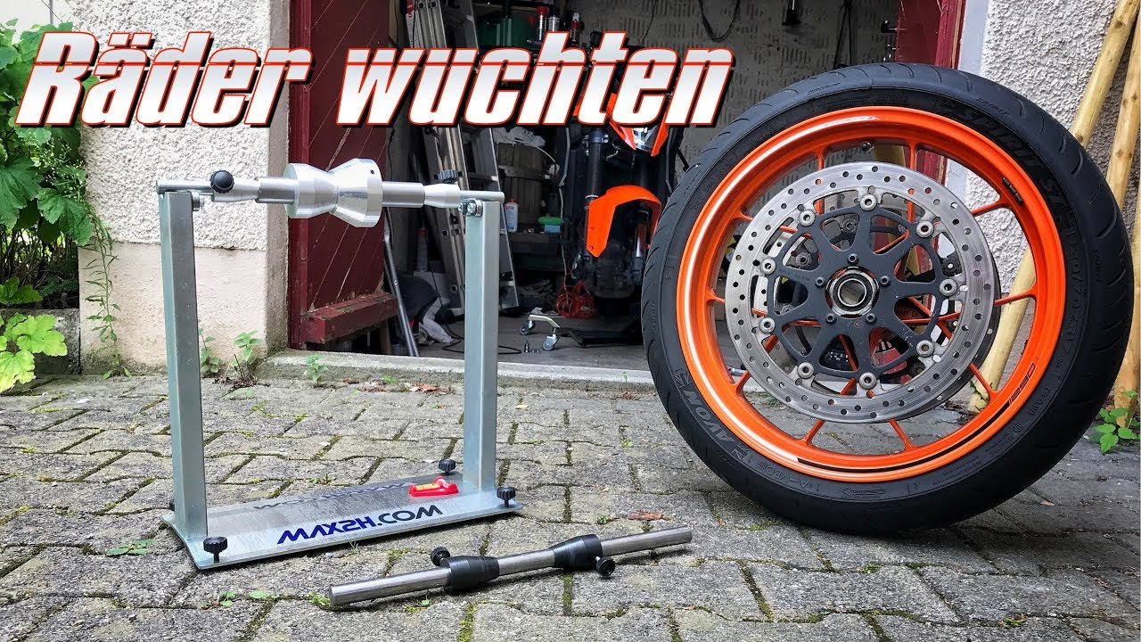 motorrad r der selbst wuchten mit wuchtbock kurvenradiustv youtube. Black Bedroom Furniture Sets. Home Design Ideas