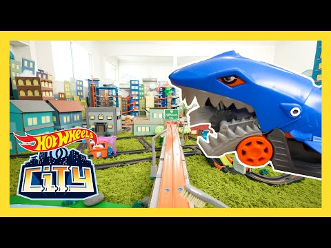 Race Day ROBBERY | New News | @Hot Wheels