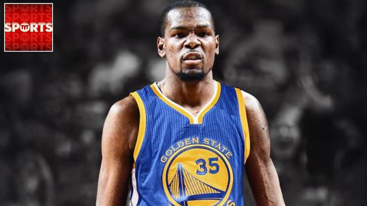 b753567e74ee KEVIN DURANT SIGNS WITH THE WARRIORS - YouTube