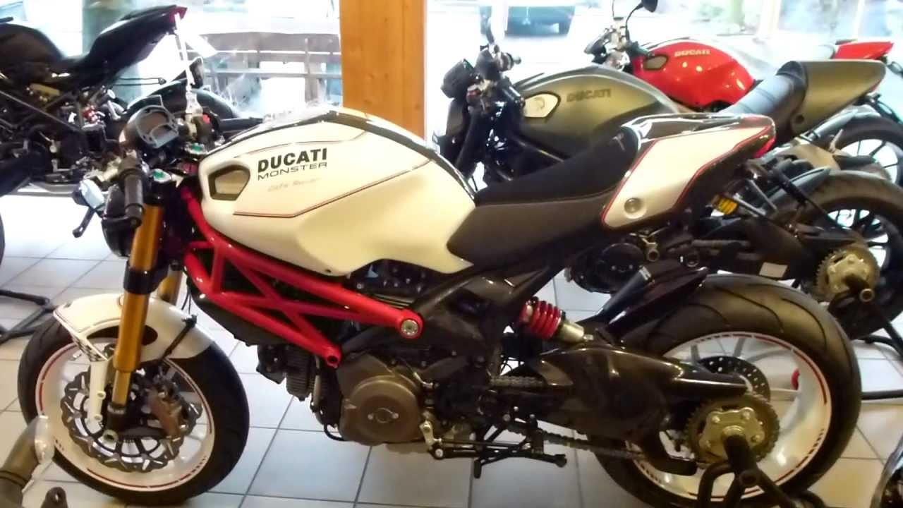 Ducati Monst... Ducati Monster 1100
