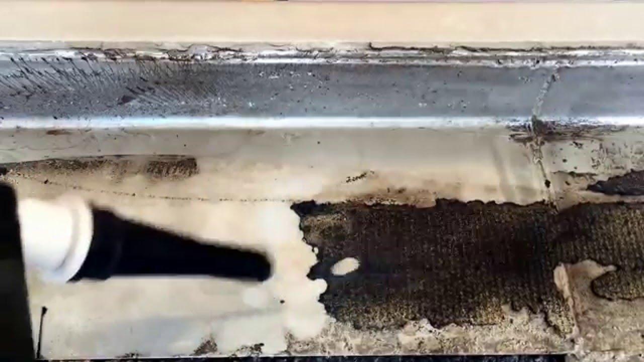 Tec jet bitumen teerpappe entfernung von v4a becken im for Schwimmbad becken