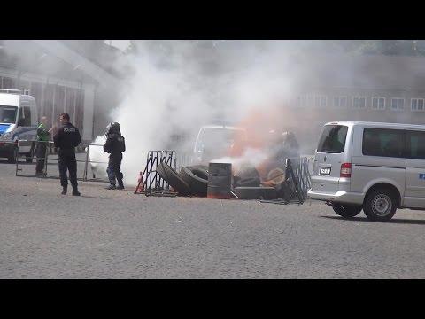 BFE-Wettkampf: Barrikaden räumen unter Beschuss und unter Atemschutz am 25.06.2014