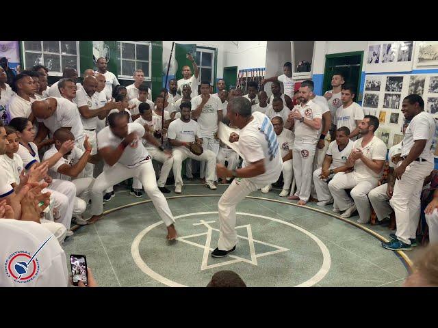 São Bento Grande - Capoeira Regional / Associação de Capoeira Mestre Bimba - Mestre Bamba