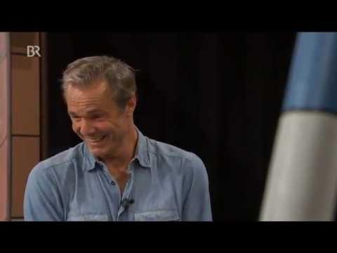 "Hannes Jaenicke ist ""Der Ozean"" | Doovi Liam Neeson Ziek"