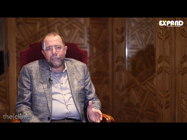 الأستاذ الدكتور ناصر غزلان يتحدث عن عملية شد الوجه و الرقبة
