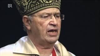 Gerhard Polt als Benedikt XVI. - Der Laubbläser