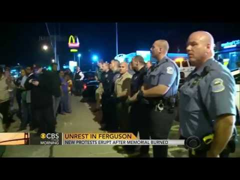 New Protests Flare Again In Ferguson After Memorial Burning