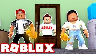 STEALING A BLOXY AWARD FROM ROBLOX HQ!