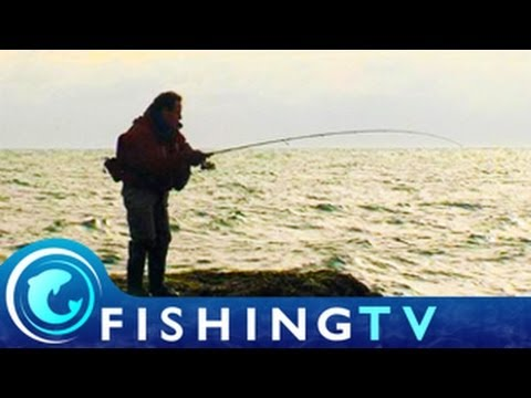 Lure Fishing in Dorset - Fishing TV