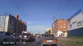 Видео: опасные водителя избили AX