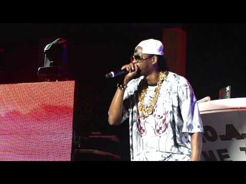 2 Chainz - R.I.P. live @ America's Most Wanted Fest @ Sleep Train Pavilion,Concord.[HD]