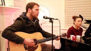 Elvis Presley - Blue Christmas - live acoustic cover by Jennifer Sun Bell feat. Justin Miles
