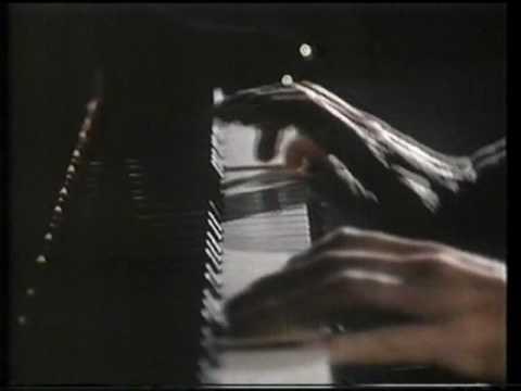 Liszt Sonata -- Francois-Joel Thiollier -- C1985 (Part 1 Of 3)