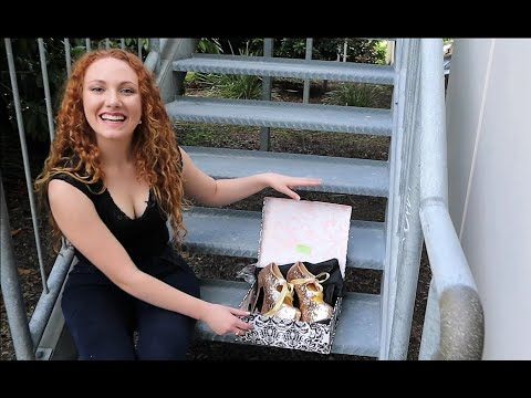 unboxing-try-on-gold-glitter-5.75-inch-high-heel-shoes