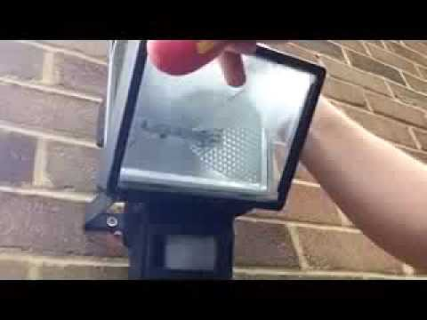 Changing A Halogen Lamp Youtube