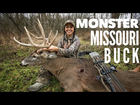 Sarah Bowhunts Monster Missouri Buck | Bowmar Bowhunting |