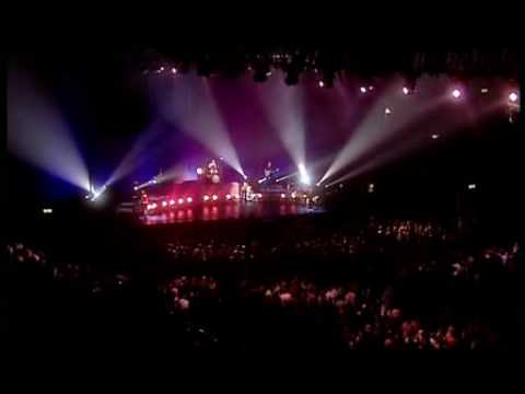 The Corrs- Live in London/ Wembley 2000- Queen Of Hollywood