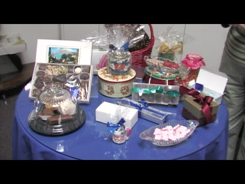 Holiday Candy Gift Ideas - Thanksgiving & Christmas Party Favors & Gifts
