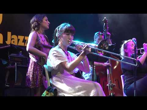 Live stream Umbria Jazz - 13 luglio 2017 - Shake 'Em Up Jazz Band