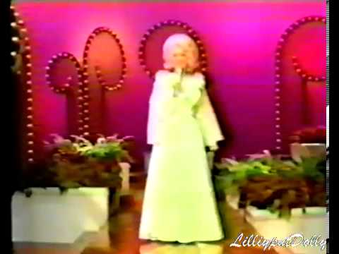 Dolly Parton - Sneaky Snake On The Dolly Show with Tom T.Hall 1976/77