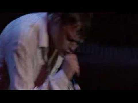 3 Doors Down - Kryptonite (Live performance)