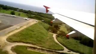 Vivaaerobus despegue Aeropuerto Puerto Escondido.