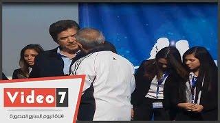 تكريم وليد توفيق وأحمد رزق وعزت العلايلى وشيرين فى حفل الأكاديمية البحرية