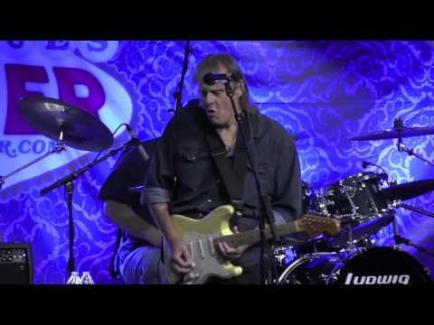 "WALTER TROUT  ""Help Me"" - Big Blues Bender 2015"