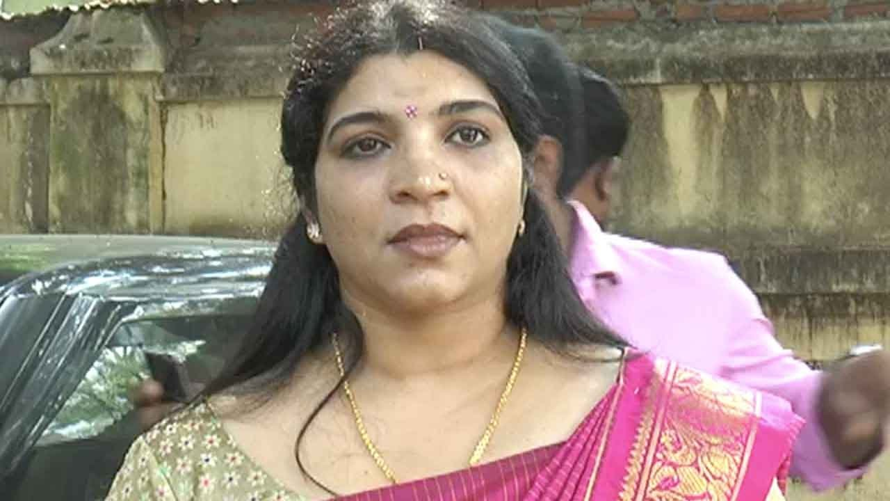 Watch Saritha video