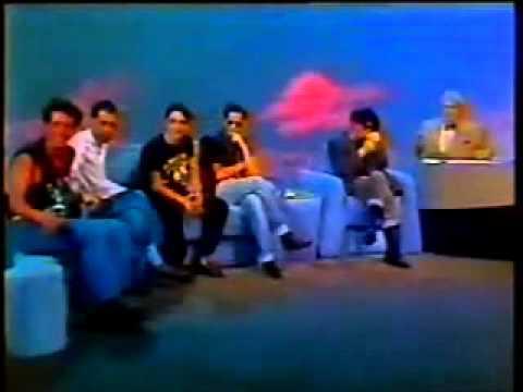 """Titãs no Jo Onze e Meia em 1990 - Entrevista + """"Flores"""""""