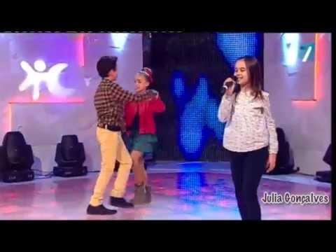 Julia, Ramón y Lucía- Popurrí futbolero...