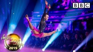 TGD's elegant champion Ellie flies high in dazzling routine - BBC Strictly 2019