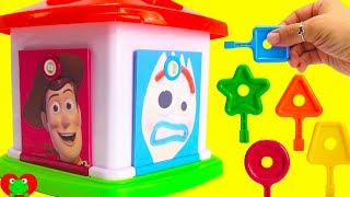 Toy Story 4 Lock and Key Surprises Learn Colors and Counting