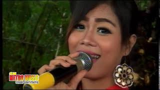 Eka Ariyana (Tabir Kepalsuan) Live OM METRO MUSIC