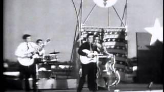 Elvis Presley - Heartbreak hotel HD