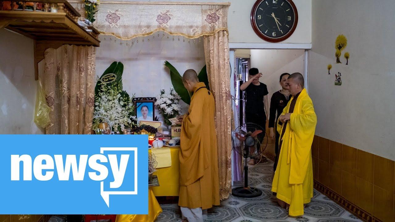 39 found dead in truck believed to be Vietnamese