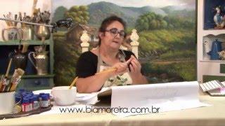 Como Preparar o Pincel com Bia Moreira