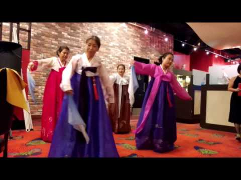 ACA Korean Traditional Dance support Chinatown Lion Club