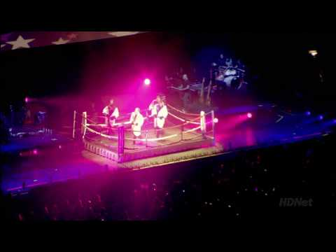 Backstreet Boys - Larger than life (Live from the O2 Arena) HD