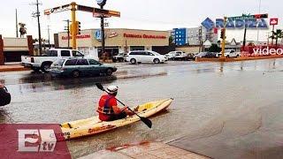 VIDEO: kayak bajo la lluvia, en plena avenida de Monclova / Titulares de la tarde