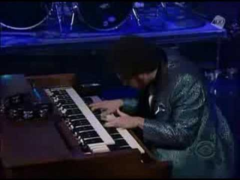 Gnarls Barkley - Going On (Live Letterman 2008)